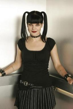 Pauley Perrette, Batman, fiction