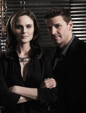 Emily Deschanel, David Boreanaz, Batman, fiction