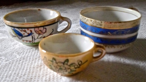 tiny cups